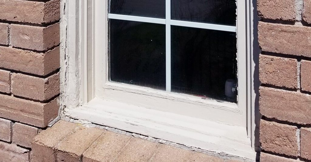 9 Signs You Need New Windows | old caulking | Weaver Exterior Remodeling Barrie
