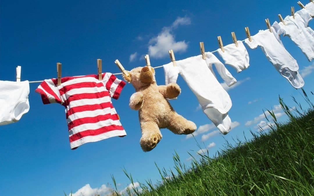 set-up-a-clothesline-for-the-summer-Weaver-Exterior