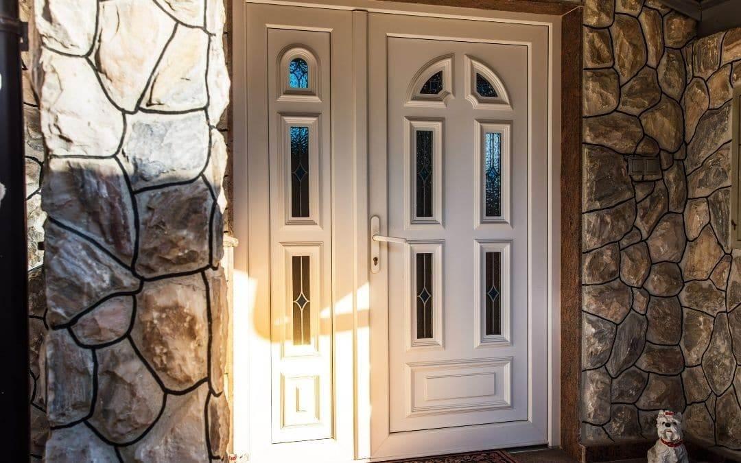 New-front-door-home-needs-facelift-Weaver-Exterior-Barrie