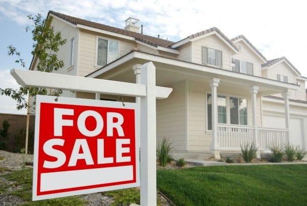 Things-To-Consider-When-Preparing-Your-Offer-For-A-Resale-Home-Weaver-Exterior-Renovations