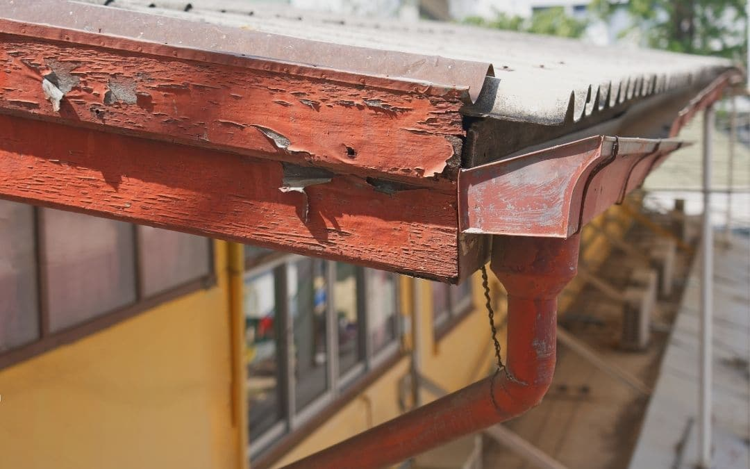 eavestroughs-with-peeling-paint-can-cause-damage-Weaver-Exterior