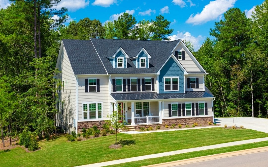 vinyl-or-aluminum-siding-for-a-maintenance-free-home
