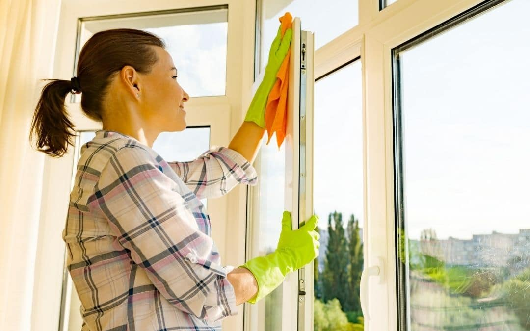 cleaning-windows-new-Weaver-Exterior-Remodeling